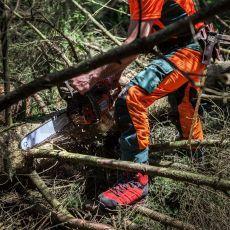 Μπότες Εργασίας Υλοτομίας Protector Ultra Signal Red της HAIX Γερμανίας